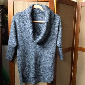 EXPRESS COW NECK SWEATER SIZE XS